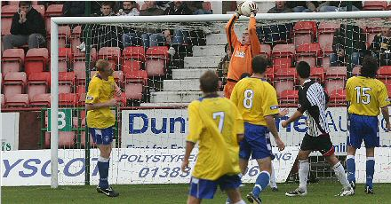 Greg Fleming save v Morton