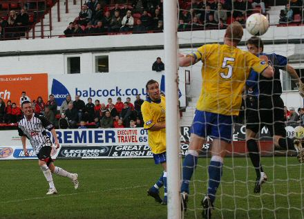 Joe Cardle scores v Morton 24.10.09